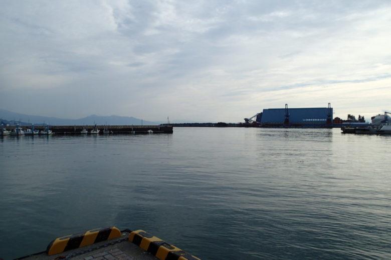 港 釣り場風景