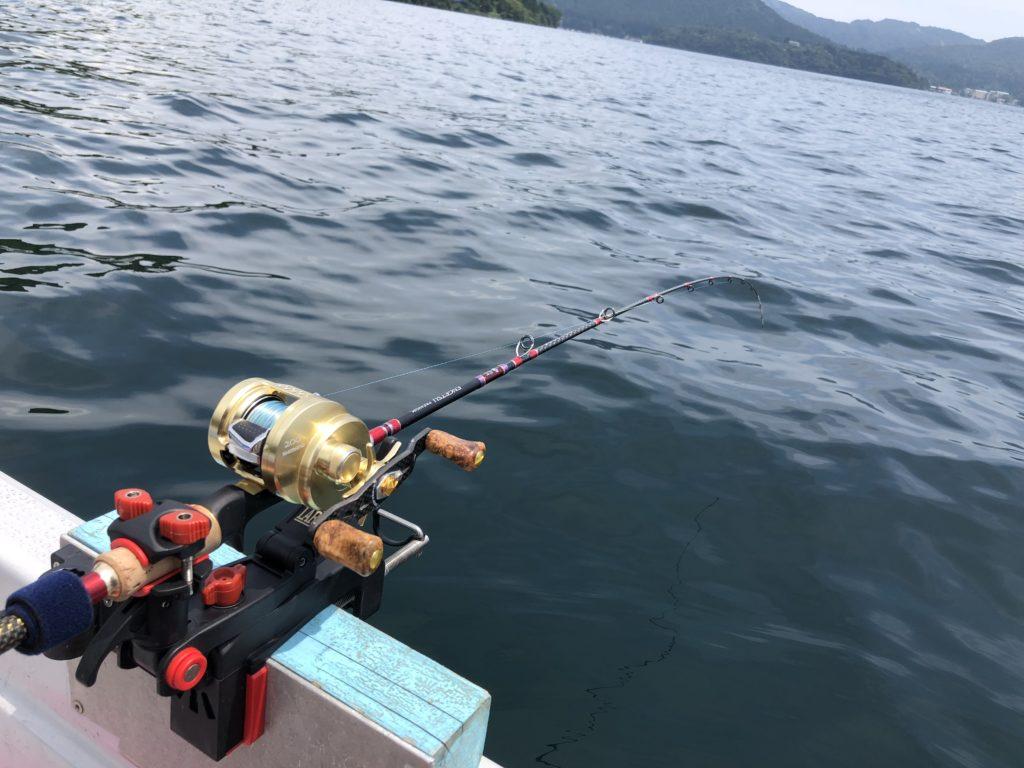 芦ノ湖ワカサギ泳がせ 釣って楽しい食べて美味しいトラウトゲーム!