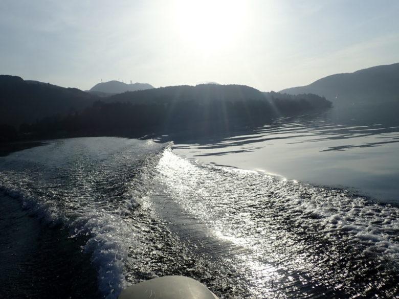 芦ノ湖 ボート ルアー釣行