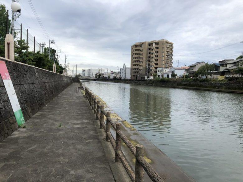 巴川 釣り場