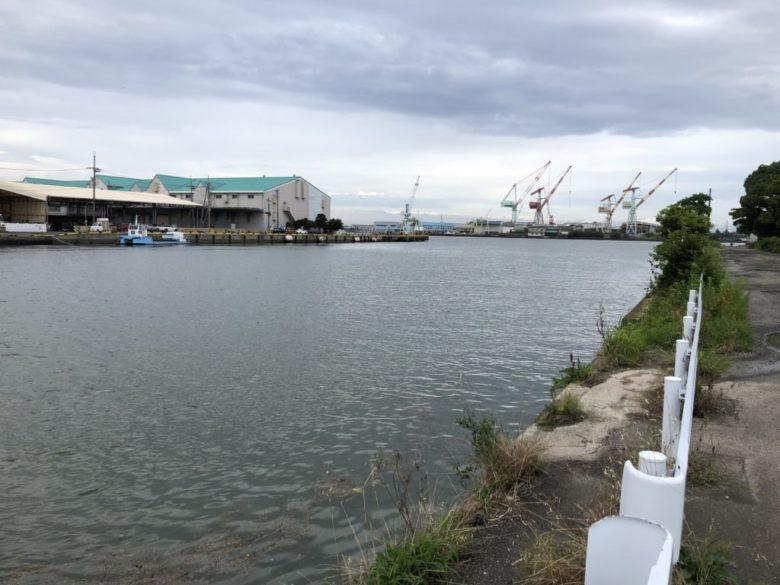 巴川河口 釣り場