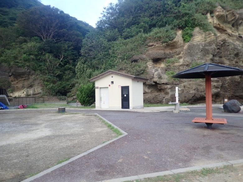 妻良港 トイレ