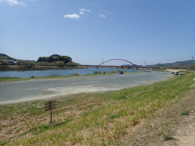 みおつくし橋 釣り場