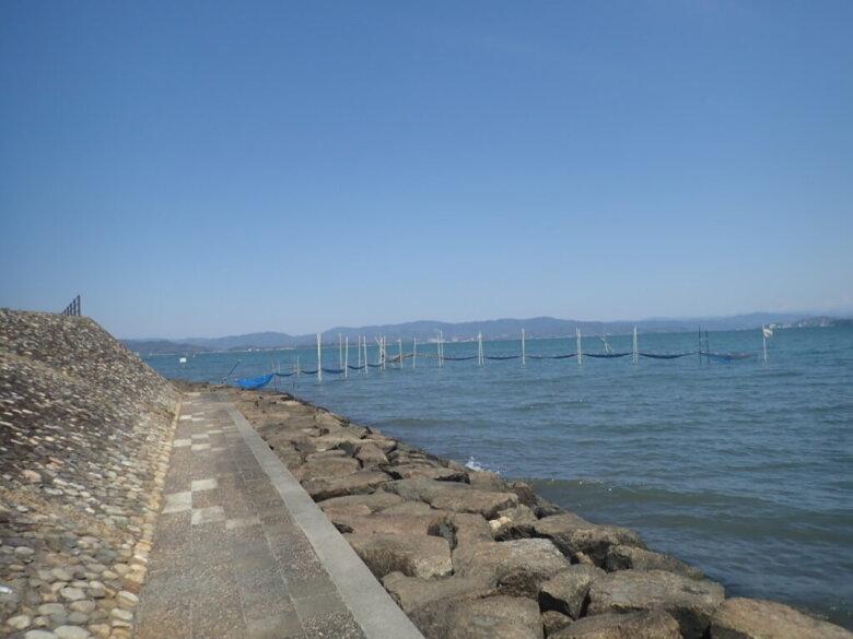 鷲津湖岸公園