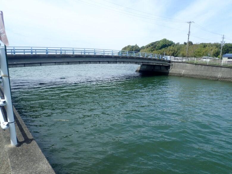 伊左地川河口 釣り場