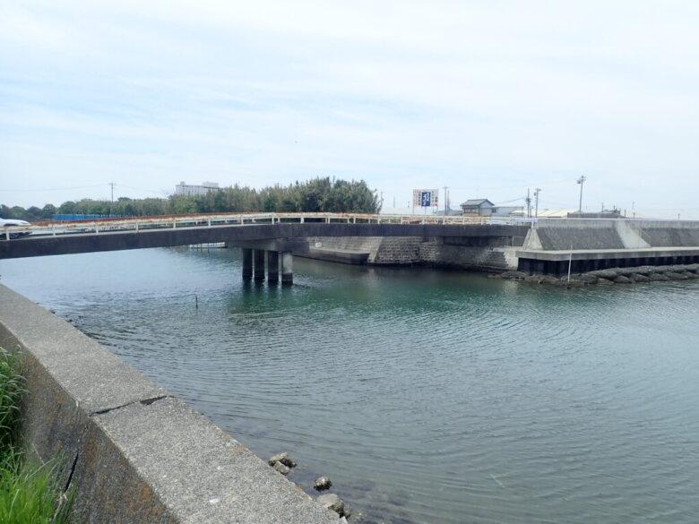 山崎ワンド 釣り場