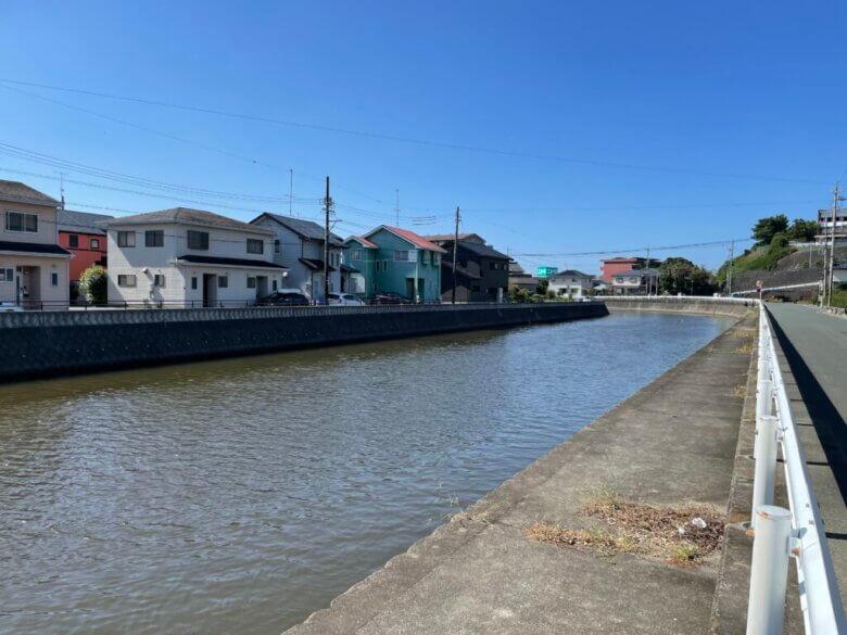 旧新川 釣り場